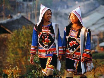 基诺族礼仪文化---招魂