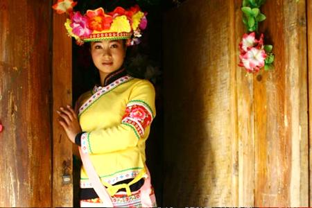 布朗族礼仪文化