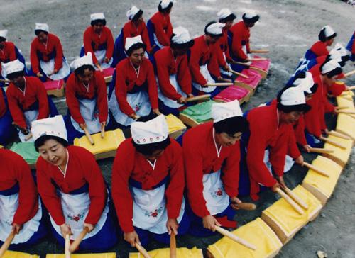 朝鲜族民间习俗——捣衣