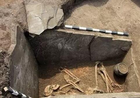 游牧贵族墓葬揭示3700前的草原丝绸之路