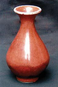 康熙丁未款霁红玉壶春瓶