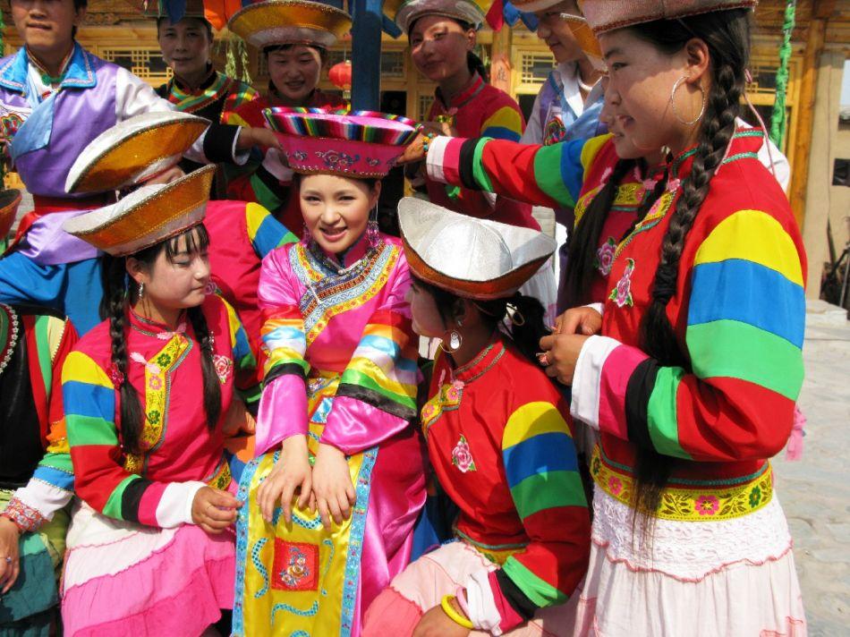 土族礼仪文化