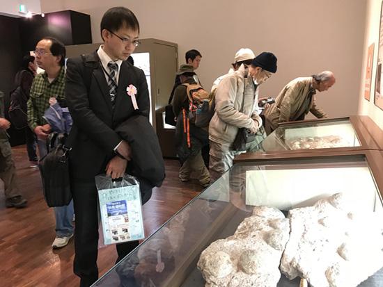"""""""恐龙蛋——恐龙诞生之谜""""展览在日本大阪开幕"""