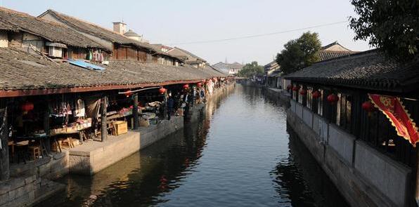 安昌古镇的腊月风情节