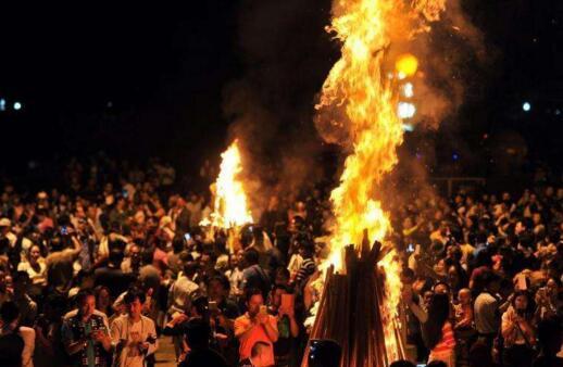 哈尼族神奇的取火仪式
