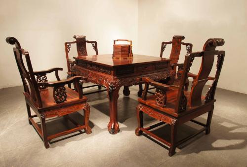 """红木家具外观形体简朴对称 具有""""四美"""""""