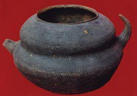 新石器时代角形把手葫芦陶壶初识