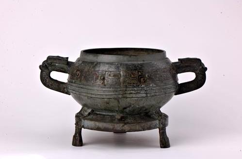 吉林大学考古与艺术博物馆青铜器