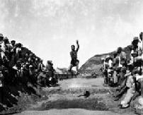 """1946年延安""""九一""""运动会:临时组织小商贩成立篮球队"""