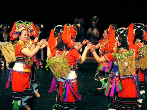 """高山族传统节日——""""丰年祭"""""""