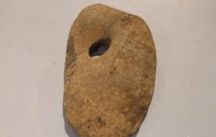 长白山地表浮现神秘穿孔石器 专家认定系早期人类乐器