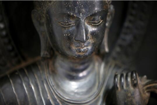 大都会美术馆将非法外流的失窃文物归还给尼泊尔