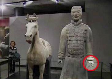 陕西文物部门:在美受损兵马俑正制定修复方案