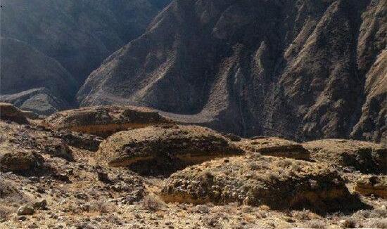 西藏考古调查新发现古墓葬等51处文物点