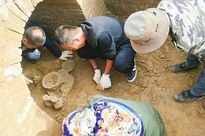 肃州发现三座魏晋古墓葬 出土大量珍贵文物