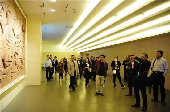 郑州市非国有利来国际娱乐馆长培训班现场教学课在大河村遗址利来国际娱乐开展