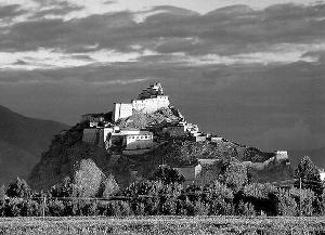 西藏大力实施革命文物保护与利用工作