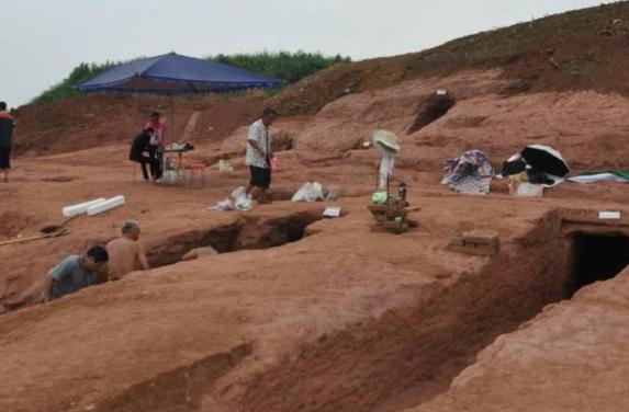 四川首次发现大规模成汉墓葬 出土文物露出这个少数民族政权冰山一角