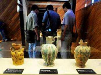 长沙铜官窑博物馆展出沉船出水文物