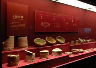 """长沙铜官窑博物馆开馆 162件(套)""""黑石号""""出水瓷器首展"""