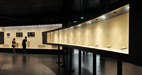 湖北天门博物馆开馆 300余件石家...