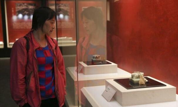 唐山园博馆展出避暑山庄文物 部分首次公开亮相