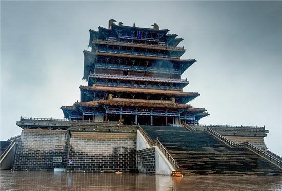 鹳雀楼:现存最大的仿唐建筑