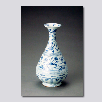 景德镇窑青花鸳鸯戏水玉壶春瓶