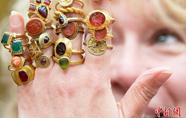 54枚欧洲古董戒指将在英国拍卖
