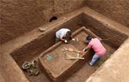 义马发现一处春秋贵族墓群 出土陶玉等文物