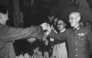 毛泽东哪篇文章被蒋介石配发给高级将领学习