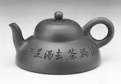 紫砂工艺史上独树一帜的奇特现象:曼生壶