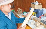 西藏林芝非遗传承人巴鲁:切削雕磨 箭啸如风