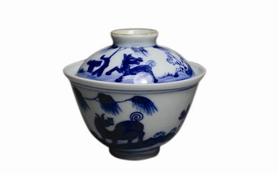 清中期青花骏马纹盖碗