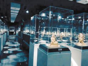 云南皓珺博物馆: 古玉沁出的历史