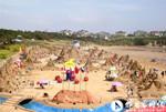 广州南沙滨海沙雕艺术节 用沙近2万立方