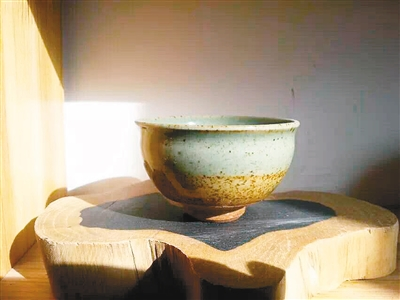 陕西人为什么喜欢蹲着吃饭?看青花瓷大老碗可略知一二