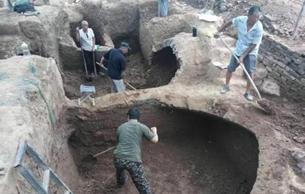 河南焦作一小区发掘出汉代家族墓葬群
