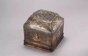金沙遗址:从四千年前金饰看到汉唐金器