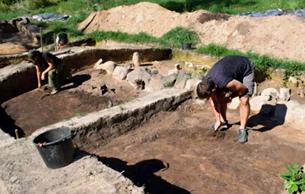 在下西里西亚史前坟墓附近发现中世纪墓葬