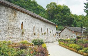 【贵州省镇宁县高荡村】 一座石头建筑的博物馆