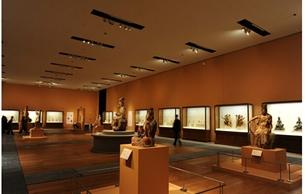 张五常:从伊甸园的角度看中国的文物收藏