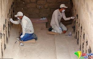 秘鲁昌昌古城出土20个木雕 追溯至公元1200-1350年