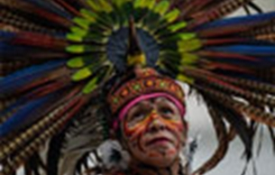 墨西哥亡灵节游行回顾百年移民迁移史