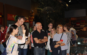 德国中学生代表团来景宁畲族博物馆交流访问