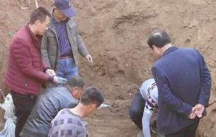 陕西:工地现10万枚古币 重920斤或是古钱窖