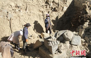 西藏吐蕃时期石碑文物获挖掘保护