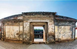 大师从这里出发:鄣吴东溪边古树里的吴昌硕故居