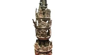 東漢家族墓與彩繪陶神燈