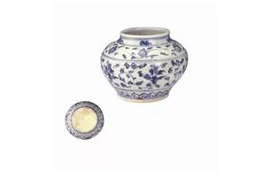 明正统—天顺时期 青花缠枝花卉矮罐
